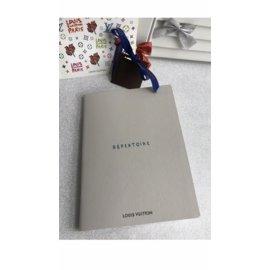 Louis Vuitton-Purses, wallets, cases-White