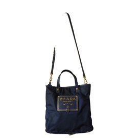 afaca8607589 Second hand Handbags - Joli Closet