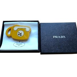 Prada-Prada Leather & Bakerlite Plex Phone Broche-Jaune