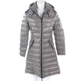 Moncler-Manteaux, Vêtements d'extérieur-Gris