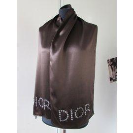 Dior-Echarpes-Chocolat