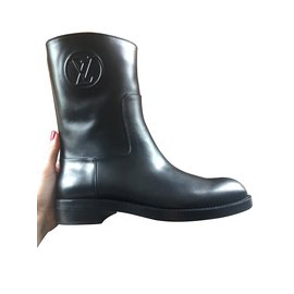 Louis Vuitton-OVERDRIVE FLAT HALF BOOT-Noir