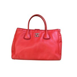 Chanel-Fourre-tout-Rouge