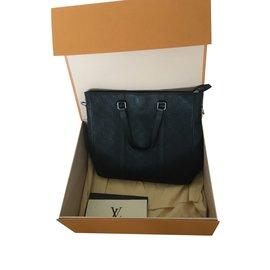 Louis Vuitton-Sac cabas Tadao PM-Noir