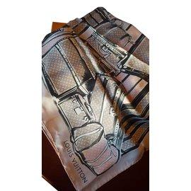 Louis Vuitton-Foulard Vuitton-Rose,Gris anthracite