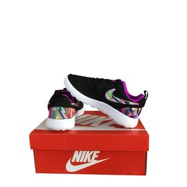 Nike-Mixed Nike Sneakers-Black