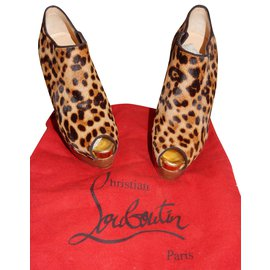 Christian Louboutin-Open toe boots in calf leather way Christian Louboutin-Leopard print