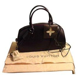 Louis Vuitton-Jasmine-Dark red
