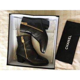 Chanel-BOTTINES CHANEL-Noir
