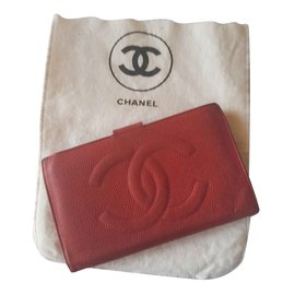 Chanel-Wallets-Red