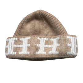 Hermès-Magnifique Cachemire Beenie-Beige