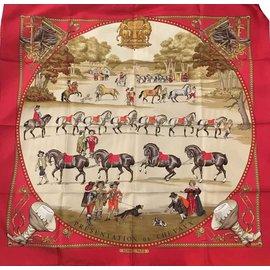 """Hermès-Superbe carré Hermès """"Présentation de Chevaux"""" par P. Ledoux en soie, état neuf !-Rouge,Doré"""