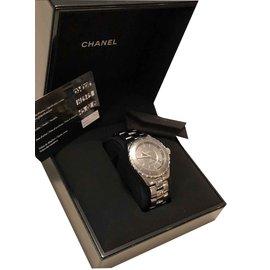 Chanel-Montre Chanel J12-Gris