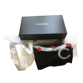 Chanel-Echarpes-Multicolore