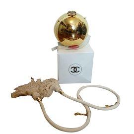 Chanel-Hand bags-Golden