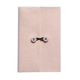 Portefeuille Chanel, pochettes et porte clefs Chanel - Joli Closet 074de3e1fa3