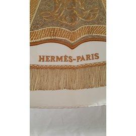 Hermès-Poste et Cavalerie-Beige