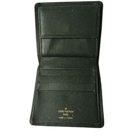 dafb60c69a52 Second hand Louis Vuitton Wallets Small accessories - Joli Closet