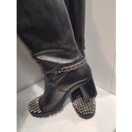 Christian Louboutin-Napaoetana boot-Black