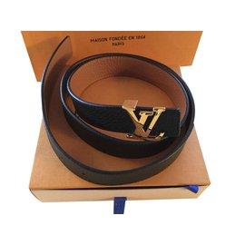 0d40c9246e67 Louis Vuitton-Ceinture cuir réversible noire et gold-Noir ...