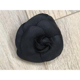 Chanel-Colliers-Noir