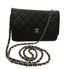 Chanel-Woc-Noir