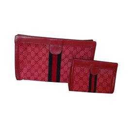 Gucci-supreme web-Rouge