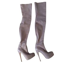 Brian Atwood-Bottes-Gris,Violet