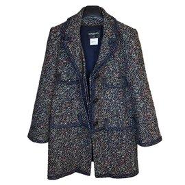 Chanel-Rare manteau en laine tweed bouclée-Marron,Blanc,Rouge,Bleu,Multicolore,Bleu foncé