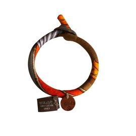 Hermès-Bracelet Hermes en soie-Multicolore ... ca0386bcf50