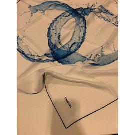 Chanel-Écharpe Chanel-Bleu