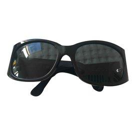 Chanel-Sunglasses-Black