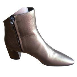6712a1281d1 Second hand Yves Saint Laurent Ankle boots - Joli Closet