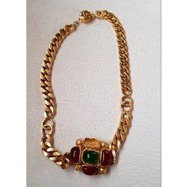 Chanel-vintage-Red,Golden,Green