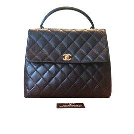 Chanel-Sac-Noir