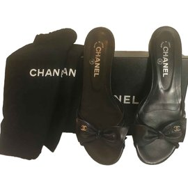 Chanel-g23822-Noir