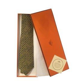 Hermès-Superbe cravate HERMES en soie imprimée couleur Noir/Or aux motifs géométriques, état neuf !-Noir,Doré