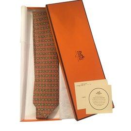 Hermès-Superbe cravate HERMES en soie imprimée couleur Orange aux motifs géométriques, état neuf !-Multicolore,Orange