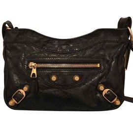 Balenciaga-Balenciaga leather hip bag-Black