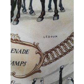 """Hermès-Carré Hermès """"La Promenade de Longchamps"""" signé LEDOUX. Foulard Hermès équestre-Marron,Beige,Vert,Écru,Jaune,Vert olive,Vert foncé"""