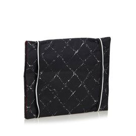 Chanel-Porte-documents en nylon Old Travel Line-Noir,Blanc