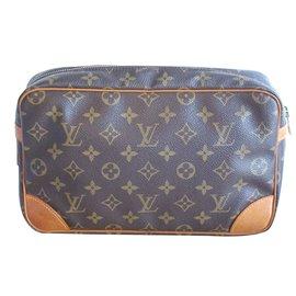 Louis Vuitton-Trousse ou pochette Compiègne-Marron