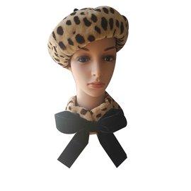 Chanel-Chapeaux-Imprimé léopard