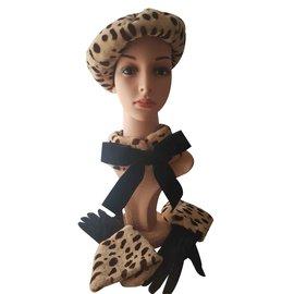 Chanel-Gants-Noir,Imprimé léopard