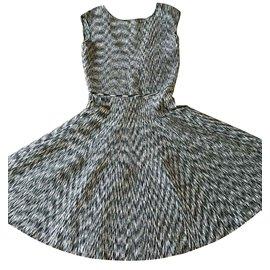 Issa-Issa Kleid-Andere