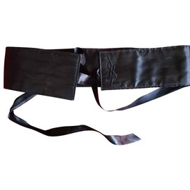 Yves Saint Laurent-Belle ceinture kimono Yves Saint Laurent-Noir