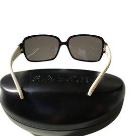 Ralph Lauren-Des lunettes de soleil-Noir,Blanc
