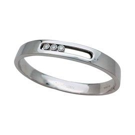 """nouveau concept 3d50f eaeef Bracelet Messika """"Bangle Move Joaillerie"""" en or blanc et diamants."""
