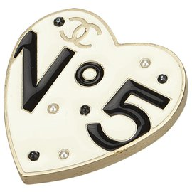Chanel-Metal No 5 Heart Brooch-Black,White
