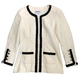 Chanel-Vestes-Blanc cassé